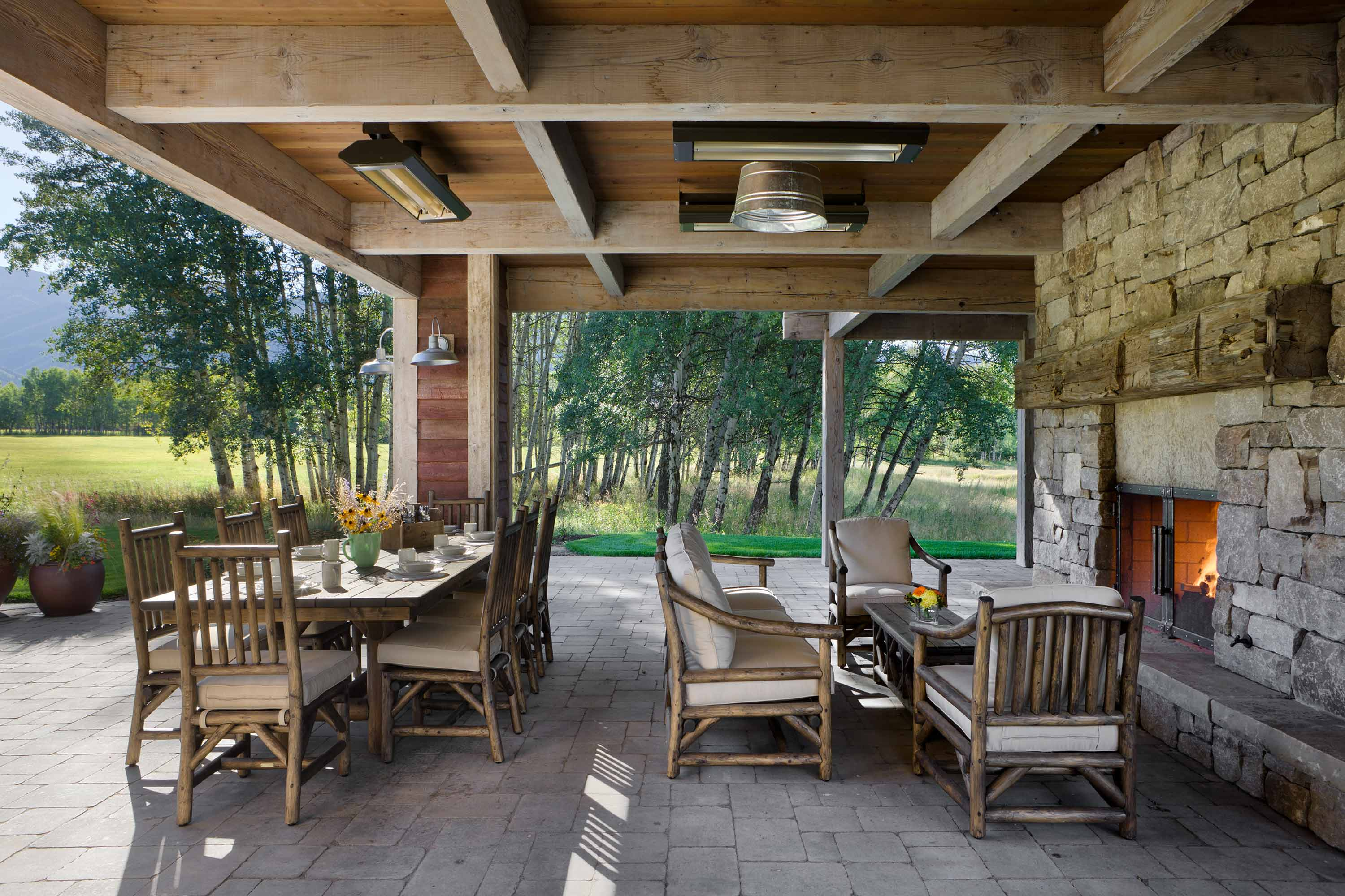 Locati-Architects-Springhill-Farm-Ext-Outdoor-Living-1