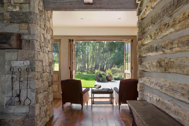 Locati-Architects-Springhill-Farm-Int-Sitting