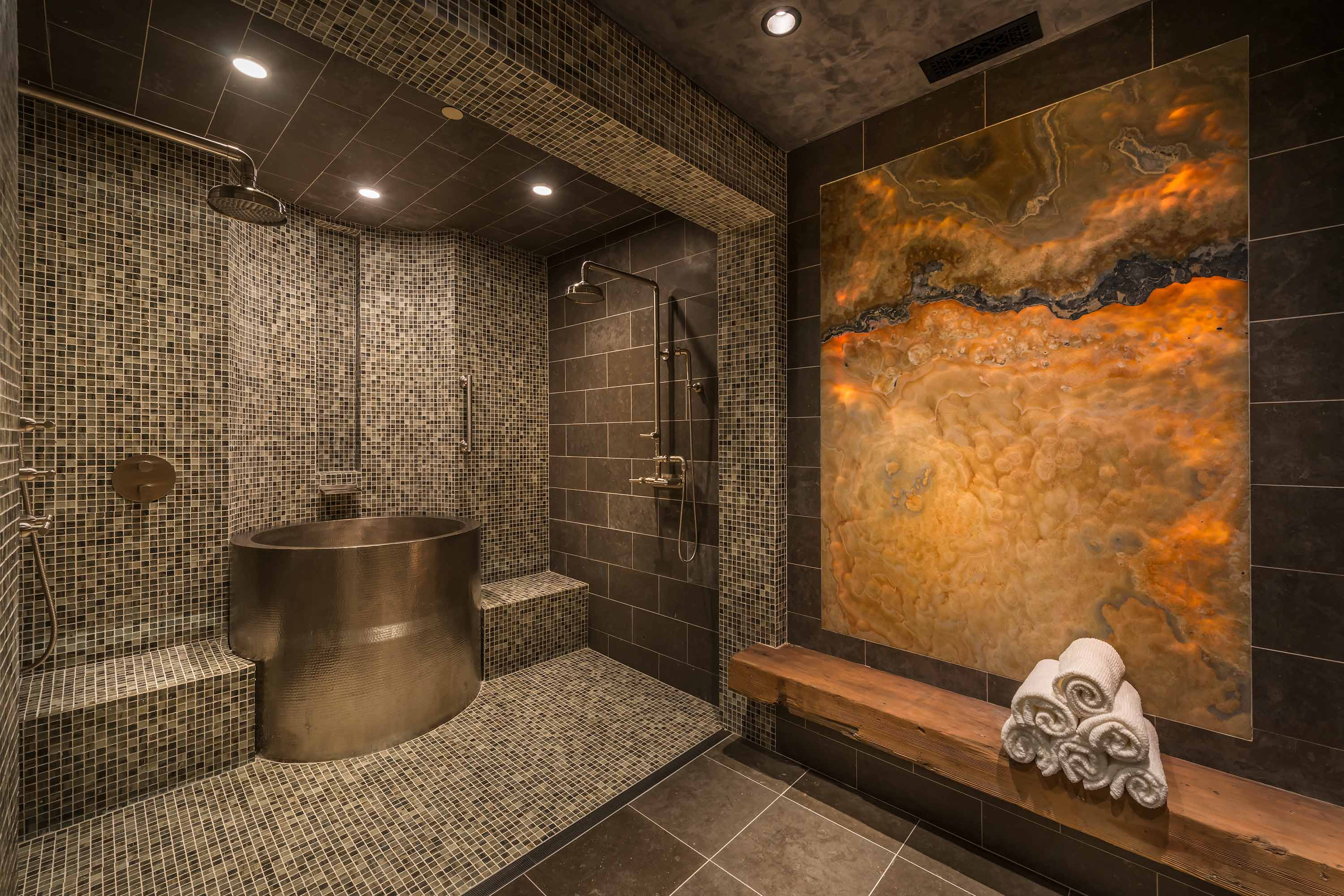 locati-architects-squaw-mountain-residence-int-shower