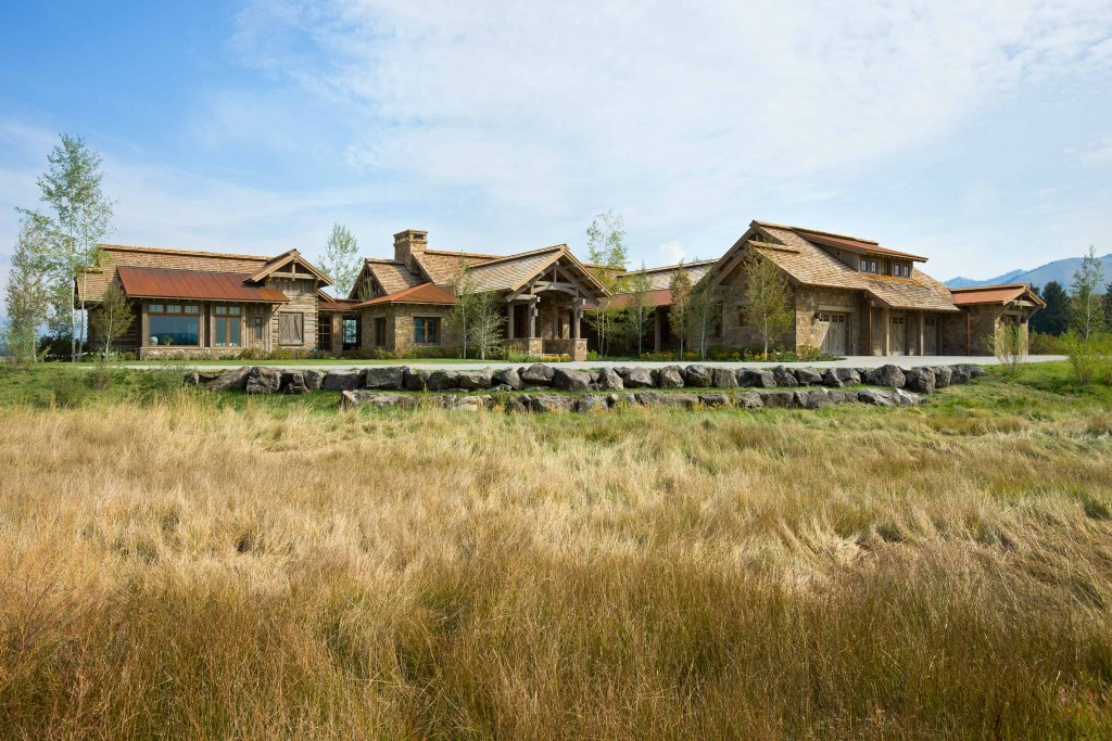 Rustic Elegance in WYOMING
