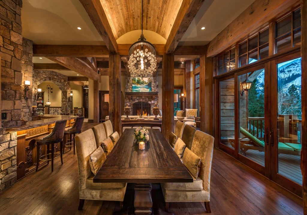 Rustic Elegance in CALIFORNIA